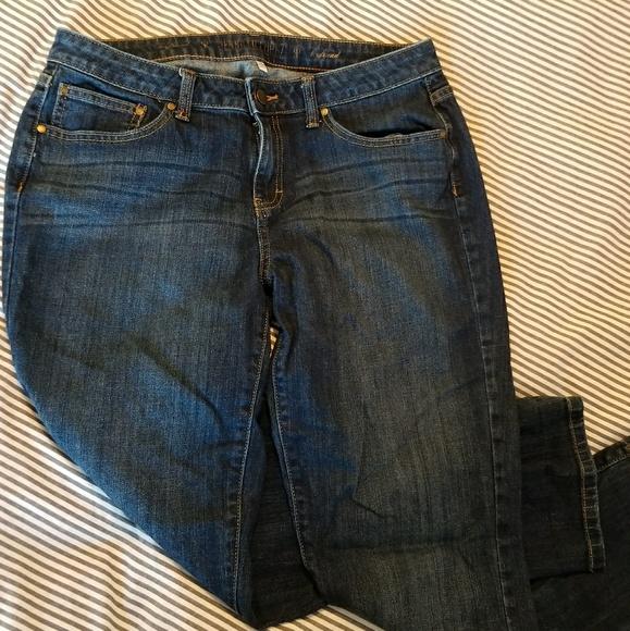 8636bd701f7 Jennifer Lopez boyfriend jeans size 10